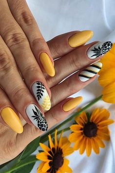 Get the extraordinary brightness of your nail to create attention fast through these colorful yellow nail art. Observe the list and select an option now. Stylish Nails, Trendy Nails, Yellow Nail Art, Vacation Nails, Hot Nails, Dream Nails, Cute Acrylic Nails, Nail Decorations, Gorgeous Nails