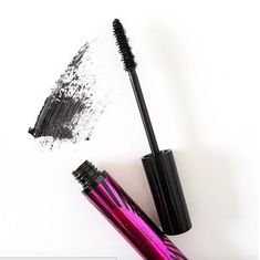 Get perfect lashes with Lioele Bubi Bubi Mascara! This HG mascara is waterproof and smudge-proof Mascara Tips, How To Apply Mascara, Eyeliner, Eyeshadow, Fawn Colour, Ideal Beauty, Plain Yogurt, Puffy Eyes, Eye Gel