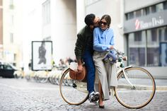 Love is in the air, Giotto Calendoli & Patricia Manfield Italy, Milan, Centro Spring/Summer Fashion Week Paris, Modern Hepburn, Garance, Stylish Couple, Cycle Chic, Fashion Mode, Street Fashion, Bike Fashion, Net Fashion