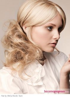 Brighten up your new season look with a similar girly and romantic blonde ponytail hairstyle. Romantic Hairstyles, Holiday Hairstyles, Party Hairstyles, Ponytail Hairstyles, Vintage Hairstyles, Wedding Hairstyles, Cool Hairstyles, Ponytail Updo, Fancy Ponytail
