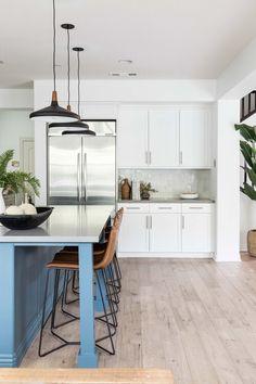 Blue Kitchen Island with Black Lanterns - Transitional - Kitchen Kitchen Island Finishes, Blue Kitchen Island, Green Kitchen, Home Design, Interior Design, White Shaker Cabinets, Gray Cabinets, Leather Counter Stools, Kitchen Views