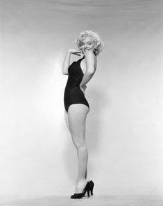 Marilyn Monroe, Pin-Up 1952 (Hand on Cheek) by Bruno Bernard  •  San Francisco Art Exchange
