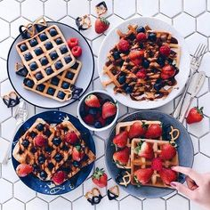 Waffles for mama 'cause she the real MVP🏆 I Love Food, Good Food, Yummy Food, National Waffle Day, Waffles, Food Porn, Food Goals, Aesthetic Food, Crepes