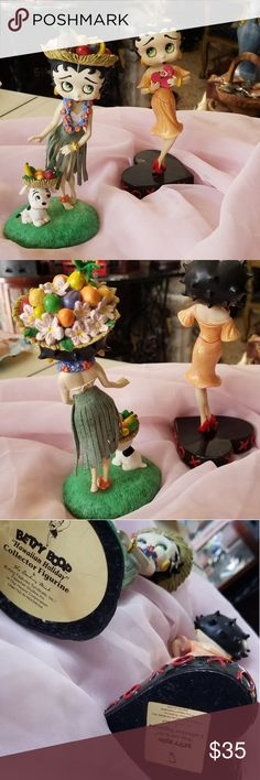 Vintage Figurines Vintage Betty Boop collectors figurines the Danbury Mint collection (set of two). Measurements: Long Long 7 Betty Boop Other Danbury Mint, Betty Boop, Christmas Ornaments, My Favorite Things, Holiday Decor, Closet, Collection, Vintage, Things To Sell