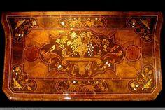 Rare Commode 17eme Louis XIV - AnticStore Antiquités 17ème siècle - Réf.32979