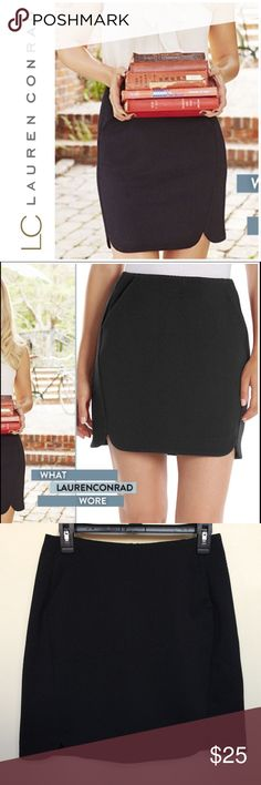 ✨ LC Lauren Conrad Black Skirt ✨ This is a black skirt by LC Lauren Conrad from Kohls. It is in great condition & it is 96% polyester & 4% spandex. The skirt has pockets, zips up & down the back, & has a texture similar to a waffle-knit. The skirt is a size 10. LC Lauren Conrad Skirts