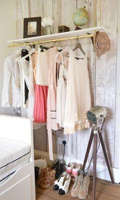Hanging Clothes Rail #fauxwoodwallpaper #vintageglobe #tripodlight
