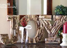 Coastal, Beach and Nautical Decor Ideas: 10 Great Natural Driftwood Christmas Holiday Decorations