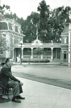 Walt takes a rest on a bench on Main Street