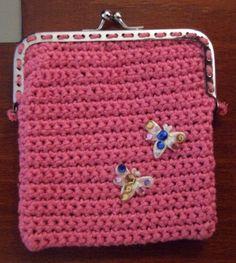 porta moedas trapilho Coin Purse, Wallet, Purses, Bag, Coin Wallet, Crochet Purses, Wallets, Strands, Crafts