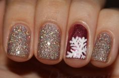 34 Striped Christmas Nail Art Designs - World inside pictures 34 Striped Christmas Nail Art Designs<br> World inside pictures today have an amazing offer for your nails . Make your nails in the spirit of Xmas Nails, Get Nails, Holiday Nails, Love Nails, Christmas Nails, How To Do Nails, Hair And Nails, Winter Christmas, Christmas Glitter