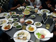 Ăn trưa và chém gió cùng đồng bọn @ Cafe Tinh tế.