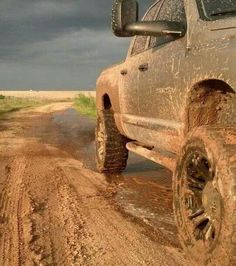 Dear guys, the fastest way to a country girls heart is to take her Mudding, and btw, a Mudding date is free ;D just sayin'. I'm a country girl @ heart. Jacked Up Trucks, Dodge Trucks, Jeep Truck, Cool Trucks, Big Trucks, Pickup Trucks, Country Life, Country Girls, Country Style