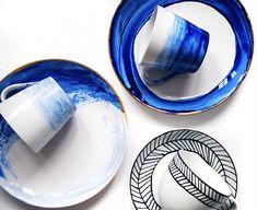 DIY Color Painted Dishes http://bekleidet.net/2015/11/diy-color-painted-dishes/