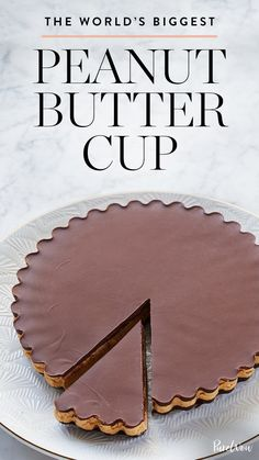 Learn how to make this incredible giant peanut butter cup pie you're guests will love. Perfect for the holidays. #desserts #dessertrecipes #peanutbutter #pierecipes #recipes #holidayrecipes #holidaydesserts #chocolaterecipes #chocolate