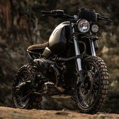 """Mi piace"": 2,026, commenti: 22 - Tag your ride #pipeburn (@pipeburn) su Instagram: ""The 'Black King' BMW GS1150 by @luckycustom  @bmwmotorradusa @bmwmotorradaus @bmwmotorrad…"""