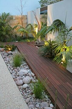 Get our best landscaping ideas for your backyard and front yard, including landscaping design, garden ideas, flowers, and garden design. Landscaping Ideas for the Front Yard - Better Homes and Gardens Tropical Landscaping, Modern Landscaping, Front Yard Landscaping, Landscaping Design, Courtyard Landscaping, Landscaping Software, Tropical Patio, Deck Design, Landscaping Melbourne