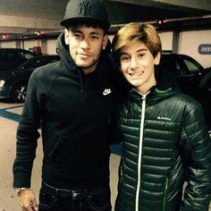 Neymar with a fan today | 17.01.15