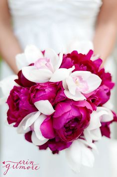 Fabulous bouquet: hot pink peonies and pink-throated white orchids. #peonyhotline #peonies #pink
