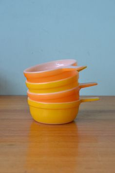 Vintage Pyrex Crown ramekins orange and yellow by funkyflamingoau
