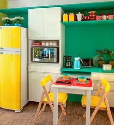 Cozinha azul, verde e amarela: decoração no clima da Copa do Mundo - Casinha Arrumada