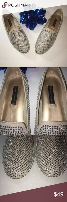 Tan and Silver Rhinestone Flats Size 11  Shoes Steven by Steve Madden  Tan and Silver Rhinestone Flats These shoes shimmer and sparkle in the light  Women's  Size 11 M Shoes Madee Slip-On Worn only a few times Steven By Steve Madden Shoes Flats & Loafers