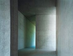 Via thehardt Beautiful concrete minimalism located in Zurich, Switzerland, Apartment Building on Forsterstrasse (2003) by Christian Kerez. The structurally bend-proof combination of wall, floor and ceiling remains visible in the flats as the building shell and gives the space a distinctly monolithic appearance. concrete wall slices are placed one above the other, suspended under each other or cantilevered. They form the loadbearing structure. Shifting a wall on one floor would have…