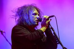 The Cure play marathon 45 song set for Teenage Cancer Trust at the Royal Albert Hall | News | NME.COM