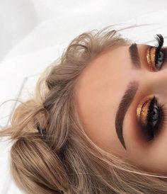 44 Awesome Golden Smokey Eye Makeup with a bang of gold. # gilded 44 Awesome Golden Smokey Eye Makeup with a bang of gold. 44 Awesome Golden Smokey Eye Makeup with a bang of gold. # gilded 44 Awesome Golden Smokey Eye Makeup with … Glam Makeup, Skin Makeup, Makeup Eyeshadow, Makeup Brushes, Glitter Makeup, Drugstore Makeup, Eyeshadows, Wolf Makeup, Makeup Salon