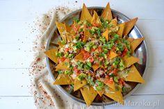 Domowe nachos zapiekane z chilli con carne i serem Nachos, Cantaloupe, Chilli, Salsa, Mexican, Fruit, Ethnic Recipes, Food, Salsa Music