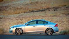 Photo: 2015 Volvo S60 T6 Platinum Photo 3