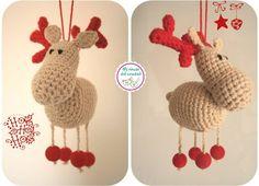 Reno 2 posiciones                                                                                                                                                                                 Más Crochet Ornaments, Christmas Crochet Patterns, Christmas Knitting, Christmas Paper Crafts, Christmas Projects, Christmas Decorations, Christmas Ornaments, Diy Crochet And Knitting, Crochet Dolls