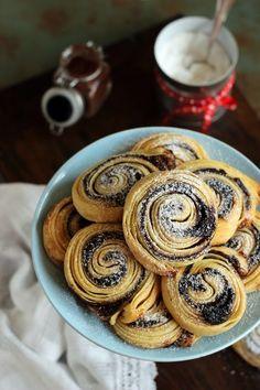 Juditka konyhája: ~ RÉTEGES KAKAÓS CSIGA ~ Sweet Like Candy, Cereal, Breakfast, Cakes, Drink, Food, Morning Coffee, Kuchen, Meals