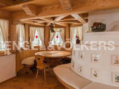 W-00CJXC Tiroler Landhaus mit Freizeitwohnsitz in Kitzbühel Engel & Völkers Property Details | W-00CJXC - ( Austria, Tyrol, Kitzbühel, Bezirk Kitzbühel )