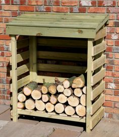 Off the ground Log Store - Fire Wood Storage - Log Hut Outdoor Firewood Rack, Firewood Shed, Firewood Storage, Shed Storage, Storage Ideas, Storage Rack, Lumber Storage, Storage Design, Outdoor Storage