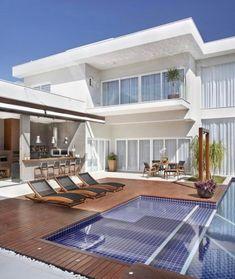 Sonho de consumo {} A área de lazer com varanda apoio gourmet e essa super piscina para aproveitar bem o fim de semana { Projeto Angela Mezza }