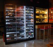 MUEBLE DE VINOS Y EXPOSITOR DE QUESOS - Traben Bengoa Mixer, Liquor Cabinet, Storage, Furniture, Home Decor, Display Stands, Cabinets, Restaurants, Oviedo