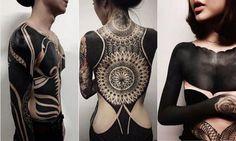 Počuli ste už o blackoute? Temnému umeniu podlieha čoraz viac ľudí. Viac o tejto novinke sa dočítate v našom článku http://www.dobrenoviny.sk/c/68150/najnovsia-vychytavka-temne-umenie- #art #blackout #umenie #tattoo