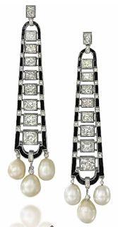 Beautiful art deco earrings from Alta Joyeria