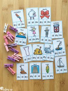 Diftonger - Klypekort er utrolig enkle å forberede! Etter de er laminert og klippet ut har du dem i årevis, og kan ta dem frem med jevne mellomrom. Ta hull i et hjørne med hullmaskin, og heng dem på en ring for enkel organisering. Klypekort er egnet til en-til-en-undervisning, arbeid i par eller små grupper på stasjoner.