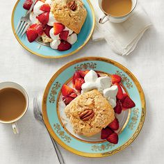 Coconut-and-Pecan Strawberry Shortcakes - The Easiest Easter Menu Ever - Southernliving. Recipe: Coconut-and-Pecan Strawberry Shortcakes For a creative, updated take on shortcake, we added coconut and pecans to the dough. Strawberry Shortcake Recipes, Strawberry Desserts, Chocolate Strawberries, Covered Strawberries, Raspberries, White Almond Cakes, Dessert Halloween, Famous Desserts, Muffins