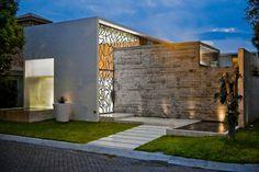 Ita House / Taller5 Arquitectos