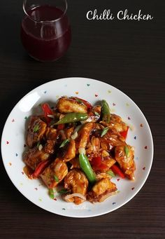 Chilli Chicken, the most sought after Indo-Chinese dish in India, can be made in 20 minutes….forget takeaways…step by step picture tutorial. Read Recipe by shaniquaswailes Veg Recipes, Indian Food Recipes, Asian Recipes, Cooking Recipes, Healthy Recipes, Indian Chicken Recipes, Simple Recipes, Recipies, Chinese Appetizers