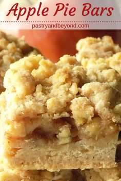 Apple Pie Bars Recipe-This delicious apple pie bars recipe with crumb topping is crunchy and soft. You'll use the same shortbread dough for the crust and the crumbles to make these easy and from scratch apple pie bars. Apple Dessert Recipes, Fruit Recipes, Apple Recipes, Baking Recipes, Delicious Desserts, Bar Recipes, Fall Desserts, Recipies, Thanksgiving Desserts