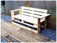 30 DIY Pallet Furniture Projects is part of Pallet furniture outdoor - wood Chair Outdoor DIY Bench 30 DIY Pallet Furniture Projects 1001 Pallets, Recycled Pallets, Wooden Pallets, Pallet Wood, Recycled Wood, Outdoor Furniture Plans, Diy Pallet Furniture, Furniture Projects, Wooden Furniture