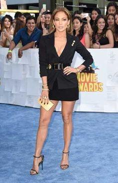 Look de star : Jennifer lopez aux MTV Movie Awards http://fashions-addict.com/Look-de-star-Jennifer-lopez-aux-MTV-Movie-Awards_408___15685.html