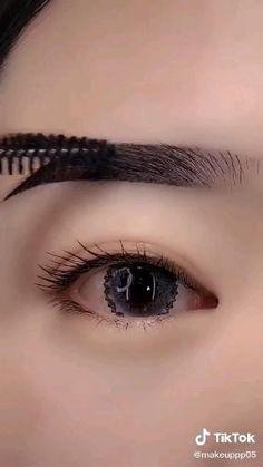 Eyebrow Makeup Tips, Eye Makeup Steps, Smokey Eye Makeup, Makeup Videos, Eyeshadow Makeup, Beauty Makeup, Korean Eye Makeup, Makeup Makeover, Dark Skin Makeup
