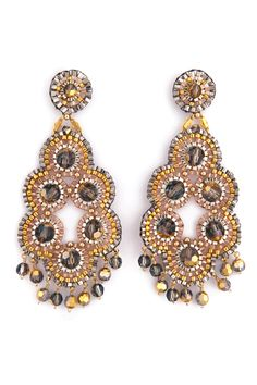 The incredible, inventive bead work of rock star designer Miguel Ases Brick Stitch Earrings, Seed Bead Earrings, Beaded Earrings, Crochet Earrings, Flower Earrings, Chandelier Earrings, Beading Projects, Beading Tutorials, Beading Patterns
