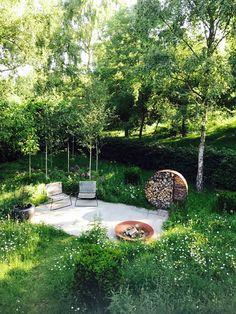 Urban Garden Design meadow greencube garden design in platt, kent Meadow Garden, Garden Cottage, Dream Garden, Woodland Garden, Natural Garden, Lush Garden, Garden Care, Contemporary Garden Design, Contemporary Landscape