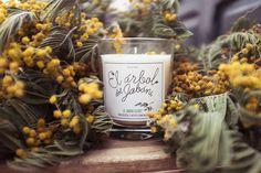 "Image of ""Le Jardin Secret"", vela ecológica hecha a mano con cera vegetal."